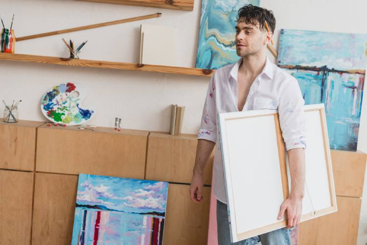 pack paintings for a move